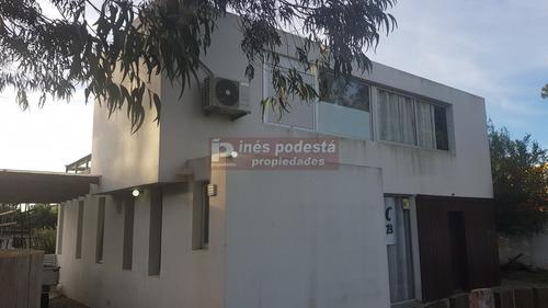 Casa En Pinares- Ref: 37553