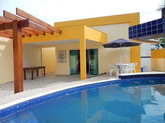 Casa Mobiliada C/ Piscina À Venda Na Praia De Peruíbe