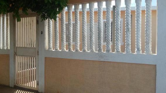 Casa En La Urbanizacion El Soler
