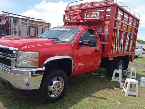Imagen 1 de 8 de Chevrolet Silverado 3500