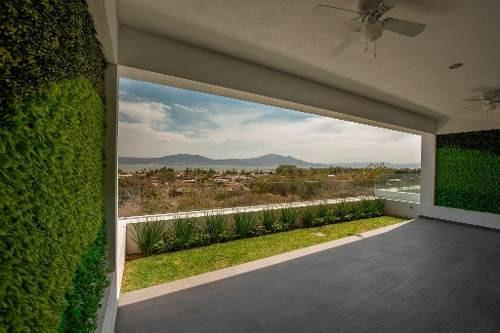 Casas Nuevas Con ..........vista Al Lago En Riberas Del Pilar !!!!