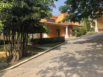 Se Vende Casa En Arroyo Hondo 11