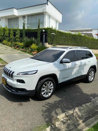 Jeep Cherokee 2015 3.2 Limited