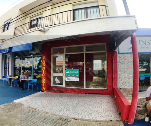 Local Comercial Y Apartamento En Zona Centrica