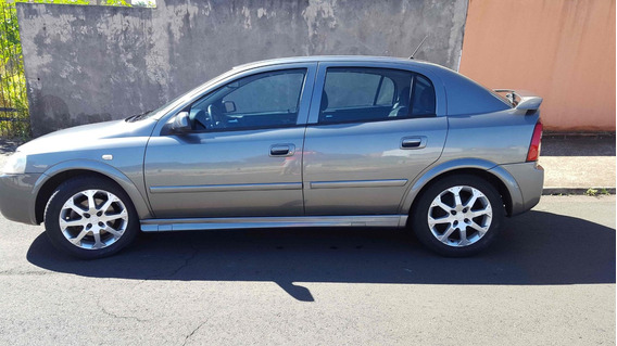 Chevrolet Astra Hatch Advantage 2.0 (flex) 4 Portas 2011