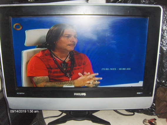 Tv Lcd Philips 23 Pulgadas Con Sonido Estero Apmlificado