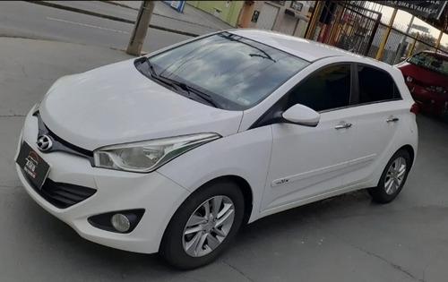 Imagem 1 de 3 de Hyundai Hb20x 2014 1.6 Premium Flex Aut. 5p