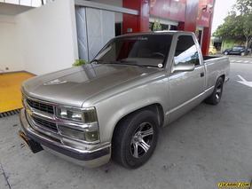 Chevrolet Silverado C1500 [fleetside] At 5700cc 4x2