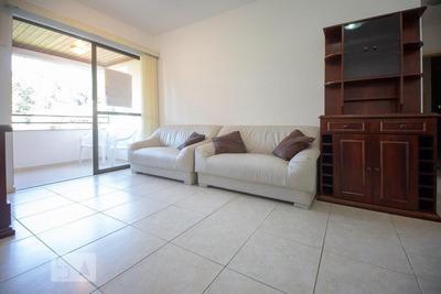 Apartamento No 5º Andar Mobiliado Com 2 Dormitórios E 2 Garagens - Id: 892930702 - 230702