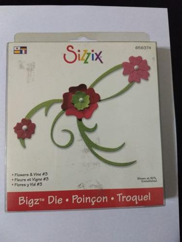 Scrapbook - Cortantes Sizzix - Flores Adorno