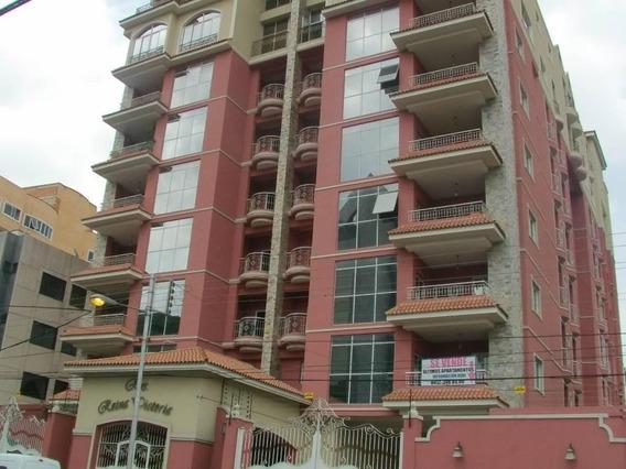Apartamento La Arboleda De 4 Hab, 5 Baños