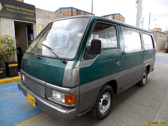 Nissan Urvan Microbus Pasajeros