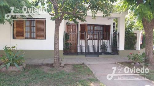 Casa 4 Ambientes,hurlingham Cerca De La Av. Pedro Diaz.1524