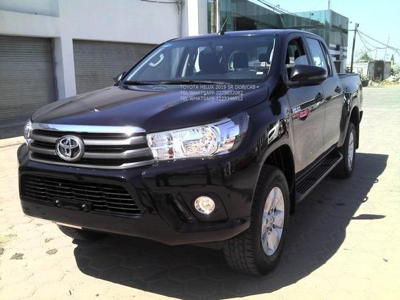Toyota Hilux 2019 Sr 4 Cil Std Dob/cab Eng $ 73,600
