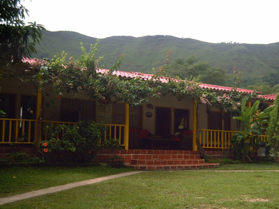 Finca Y Casas En Melgar Y Carmen De Apicala