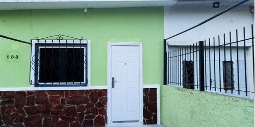 Alquiler Casa Al Frente En Paso Carrasco
