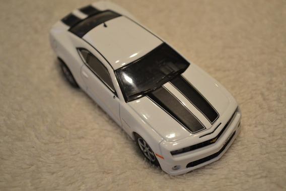 Miniatura Chevrolet Camaro Ss - Escala 1/43