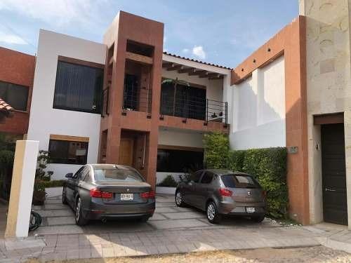 Casa En Venta, Fracc.trojes De Kristal