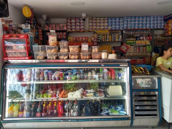 Se Vende Tienda En El Barrio San Martin