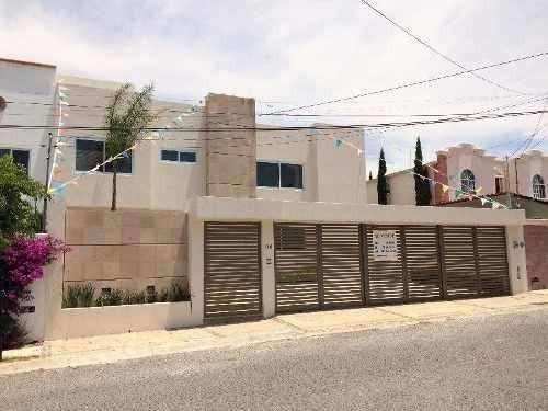 Se Vende Hermosa Residencia En Juriquilla, La Propiedad Cuen