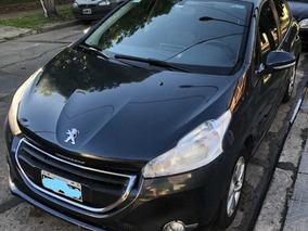 Peugeot 208 1.5 Allure Touchscreen - 2014 - 64.000 Km