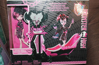 Muñeca Draculaura Con Bañera Monster High