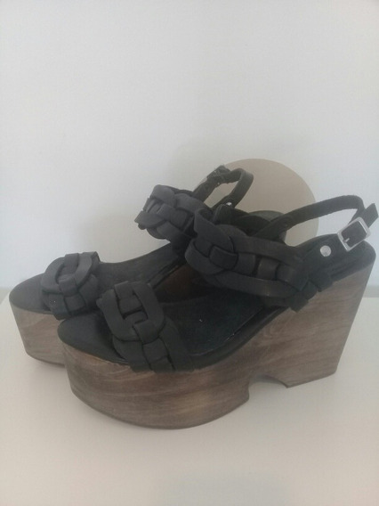 Zapatos Sandalias Ossira Negra 39.cuero Y Taco Madera