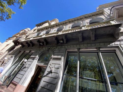 Alquiler Escritorio Ciudad Vieja - Edificio Constitución - Plaza Matríz