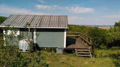 Soleada Cabaña Sobre El Cerro Guazubira, Villa Serrana