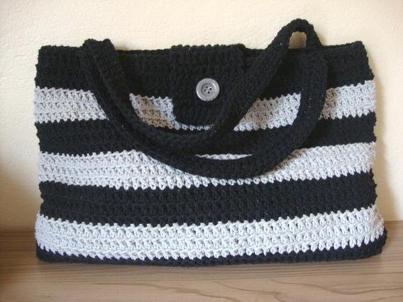 Bolsa Crochê Artesanal Forrada Barbante Com Botão Externo