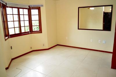 Casa Com 3 Quartos Nos Ingleses !!! - 30974