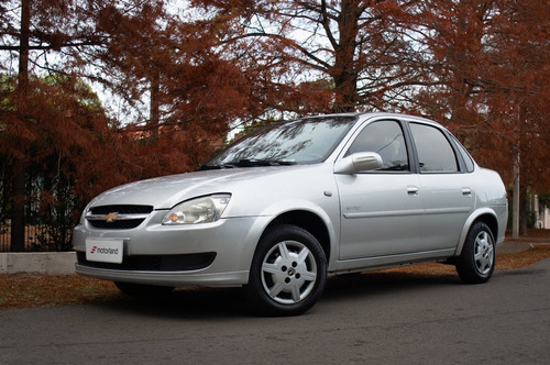 Chevrolet Corsa Spirit 1.4 2013 Motorland Permuto / Financio