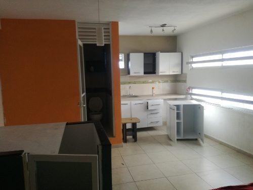 Casa En Venta Con Locales Comerciales Idea Para Consultorio Medico, Despacho Contable,