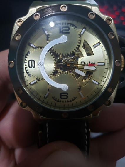 Relógio Oulm Automático