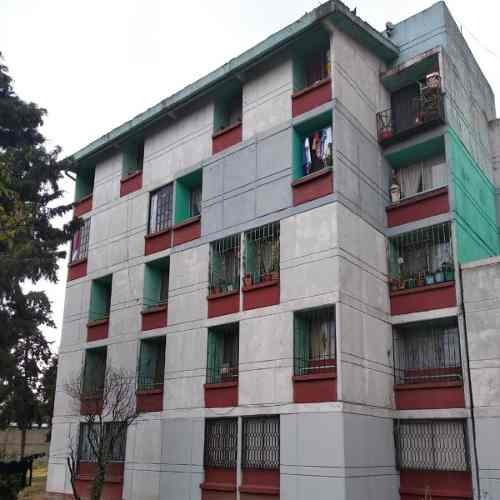 Departamento En Venta En Unidad Xochinahuac