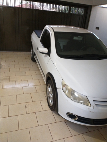Imagem 1 de 11 de Volkswagen Saveiro 2011 1.6 Cab. Simples Total Flex 2p