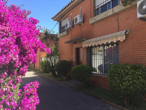 Casa 3 Dorm Carrasco Parrillero  Gge Esq Colegio Jesus Maria
