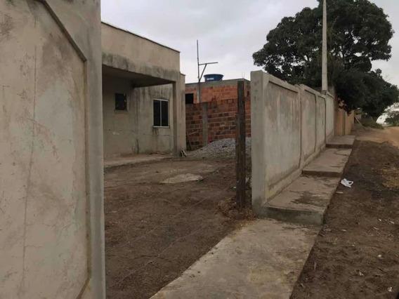 Casa Em Construção,2 Quartos Uma Suíte, Dois Banheiros