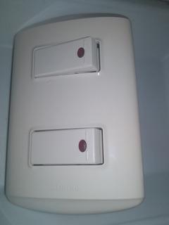 Interruptor Apagador Doble Con Luz Piloto B Ticino Nuevo