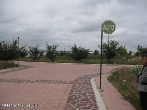 Terreno En Venta En Pueblo Nuevo, Corregidora, Rah-mx-19-2081