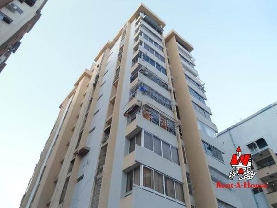 20-4423 Apartamento Venta En Urb Andres Bello Maracay/ Wjo