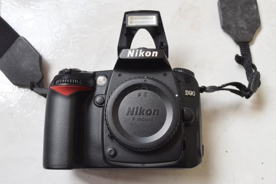 Nikon D 90 - 15.000 Mil Cliks -corpo