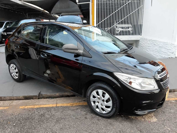 Chevrolet Onix Lt 1.0 2014/2015 R$ 33.900