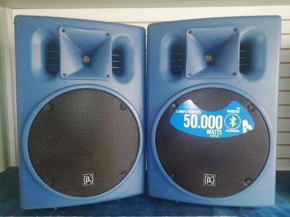2 Cajas Amplificadas Beta Three U15 Mp3 Bluetooth Djs Club