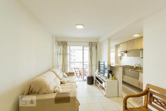 Apartamento No 2º Andar Com 2 Dormitórios E 1 Garagem - Id: 892946167 - 246167