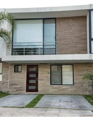Casa Renta El Refugio Privada Alberca 3 Recamaras Factura