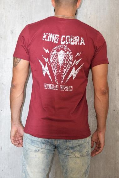 Remera Hombre Bordo Cobra