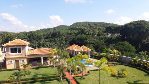 Mansion Yaguate San Cristobal