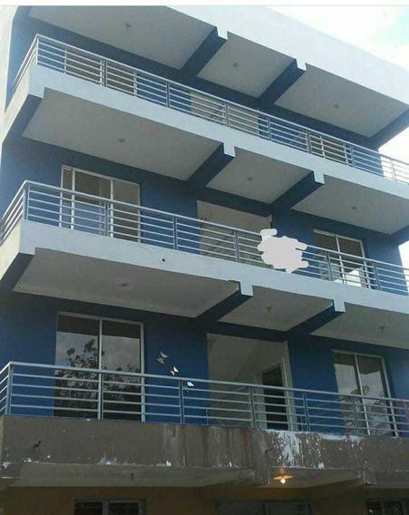 Apartamento De 2 Habs Y Un Baño Santiago Todo En Caoba