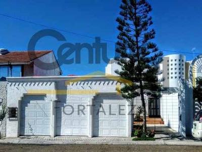 Preciosa Residencia, La Mejor Vista Y Ubicación En Playas De Tijuana
